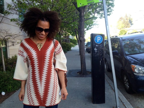 Karena_Montag_OOTD_Oakland_street_style_fashion_close_looking_down
